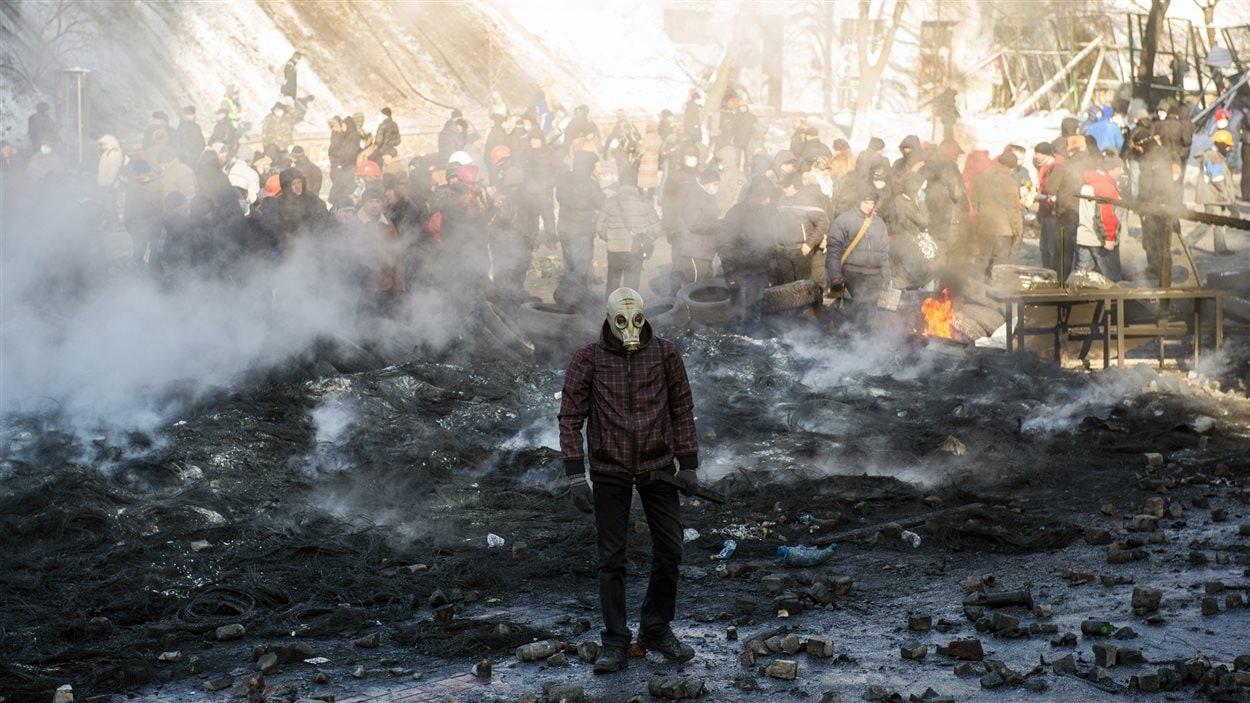 Un manifestant à Kiev