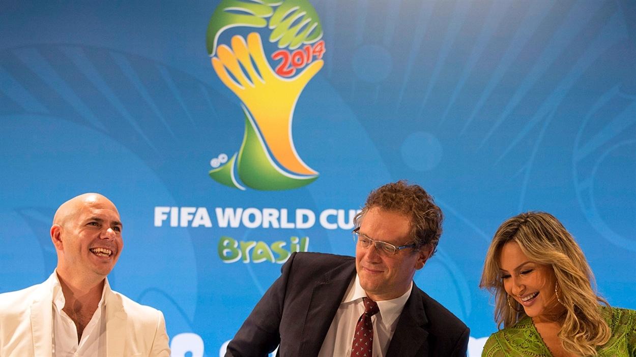 Pitbull et jennifer lopez dans la chanson officielle de la coupe du monde de football 2014 - Musique de coupe du monde ...