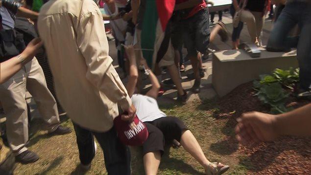Un incident s'est produit à Montréal lors d'une manifestation de soutien aux Palestiniens de Gaza.