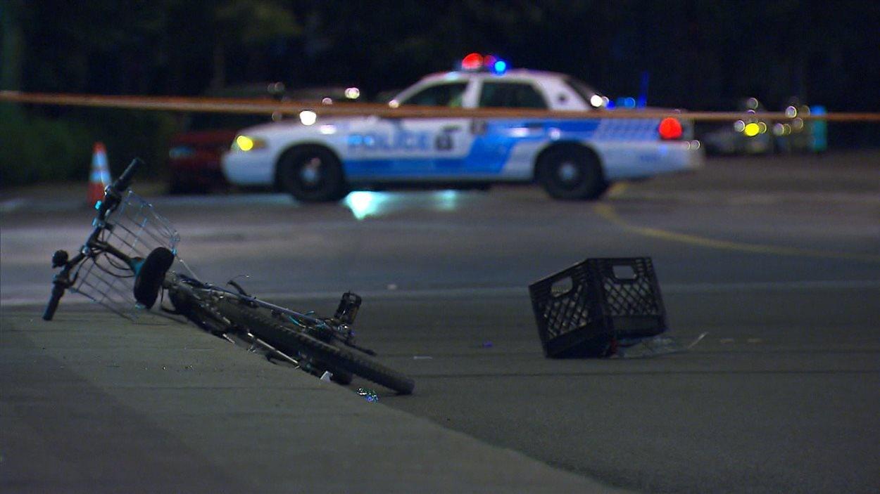 L'accident s'est produit à l'intersection de l'avenue Van Horne et du boulevard Décarie.