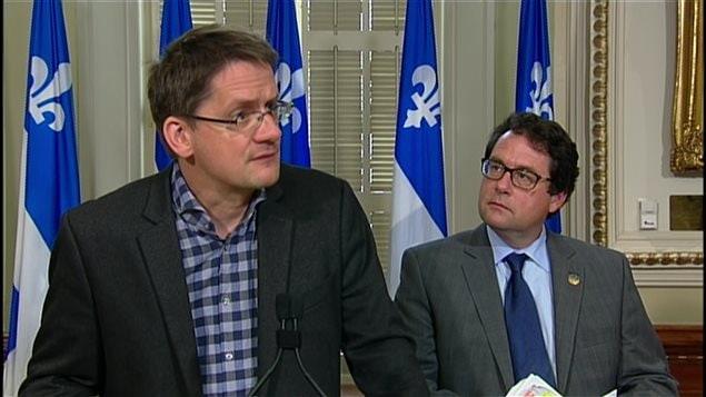 Les députés Sylvain Gaudreault et Bernard Drainville