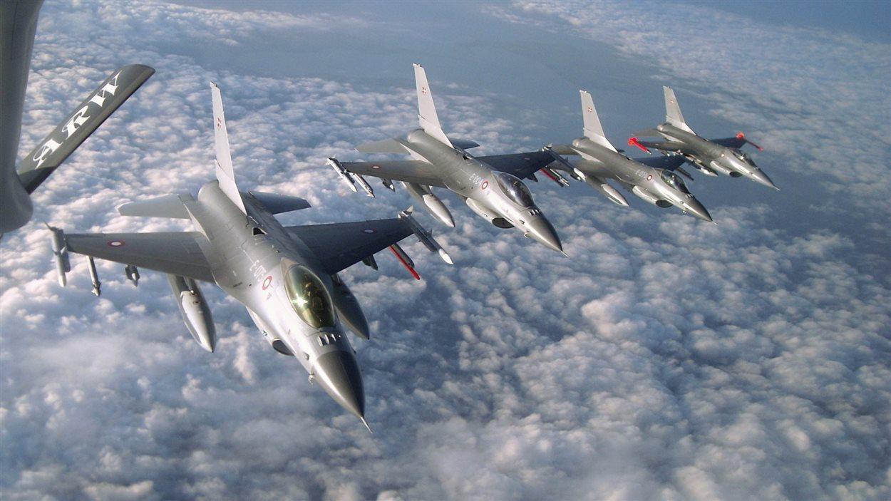Des chasseurs F-16 danois