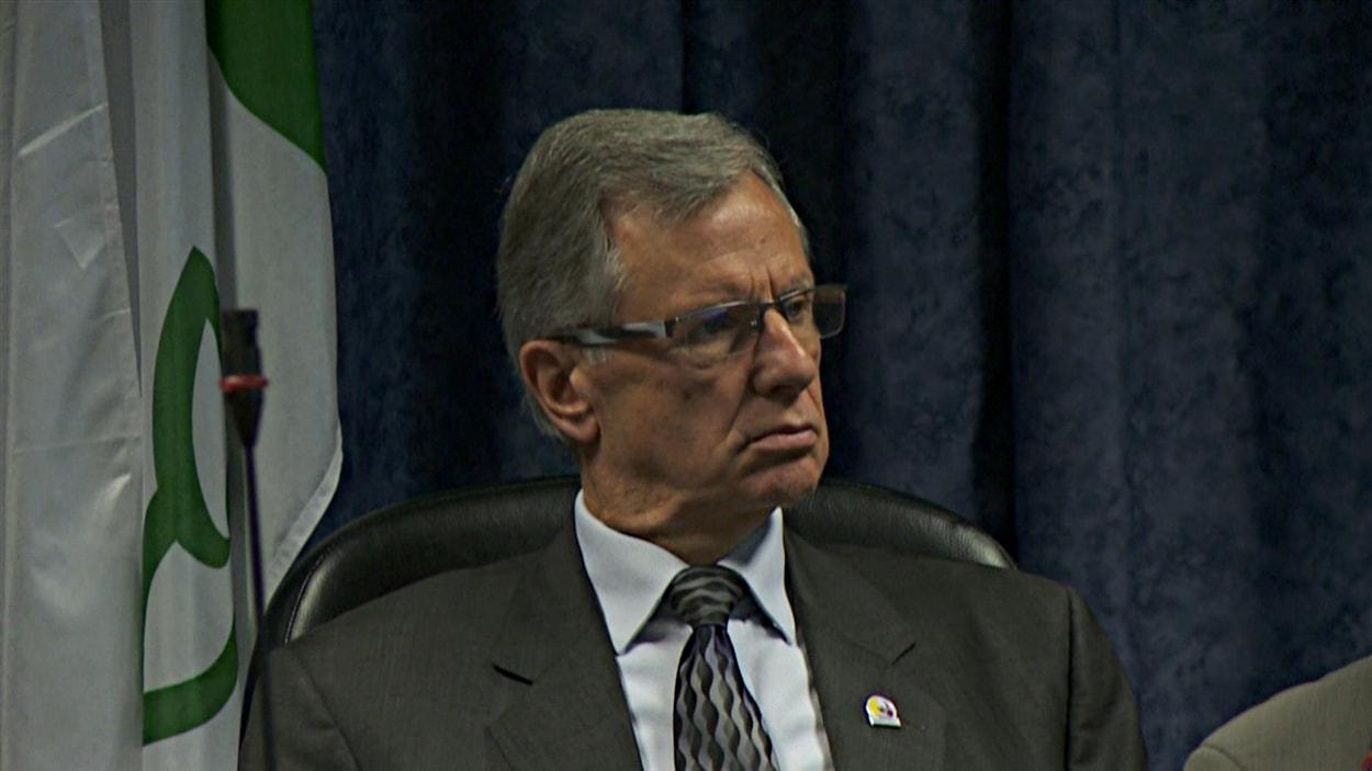 Marcel Guibord, maire de de Clarence-Rockland, en réunion. (15-10-14)