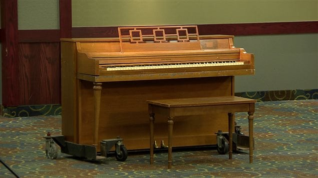 Le piano est utilisé comme déclencheur par l'équipe d'enquêteurs paranormaux.