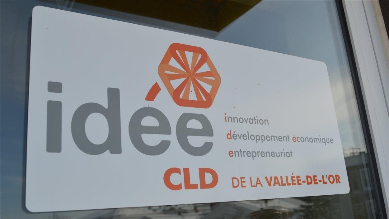 Au CLD de la  Vallée-de-l'Or, deux personnes perdront leur emploi dès janvier et deux autres verront leurs heures de travail diminuées.