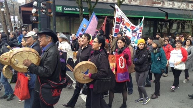 Une manifestation à Vancouver en mémoire des femmes autochtones disparues ou assassinées
