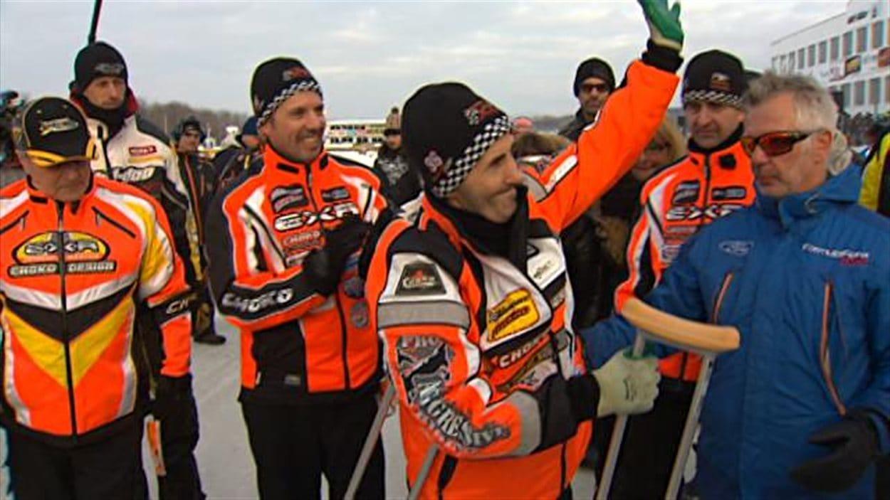 Jacques Villeneuve est entré dans l'histoire du Grand prix Ski-Doo de Valcourt.