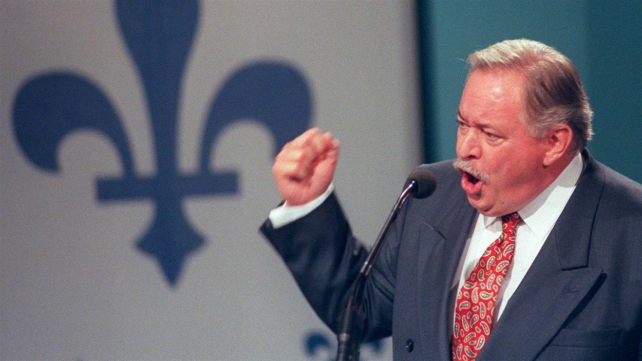 Jacques Parizeau lors de son discours après la défaire référendaire de 1995