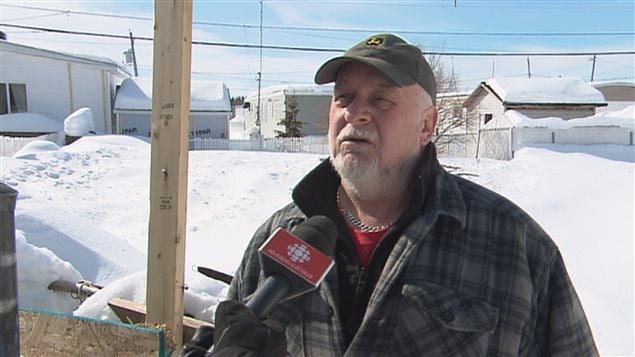 Claude Martel est convaincu que le compteur intelligent d'Hydro-Québec a causé l'incendie.