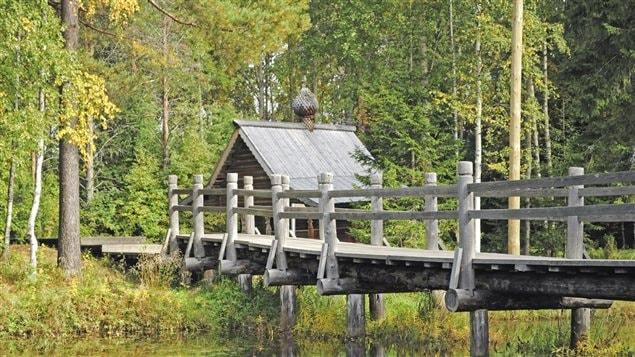 Une cabane en forêt