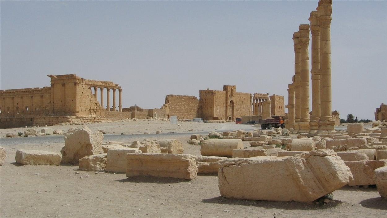 L'extérieur du temple de Bel, à Palmyre en Syrie