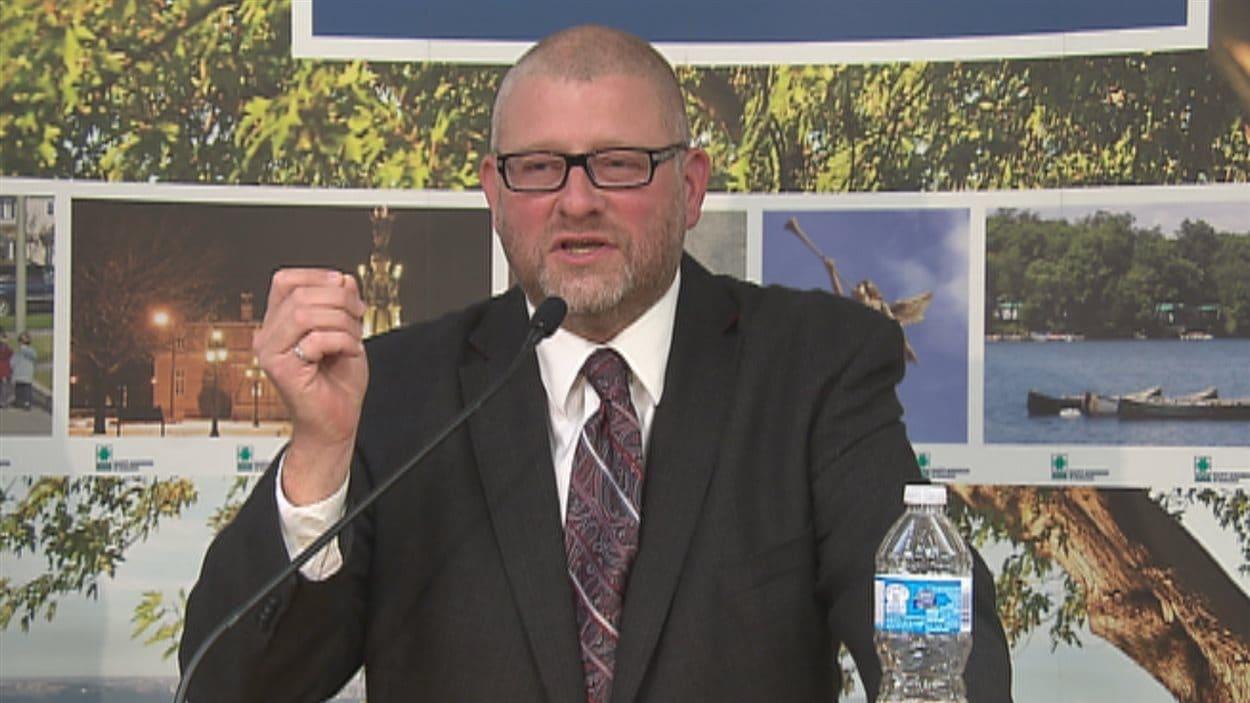 Le nouveau maire de Saint-Augustin, Sylvain Juneau