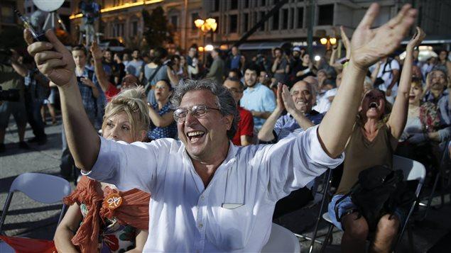Célébrations à Athènes dimanche soir.