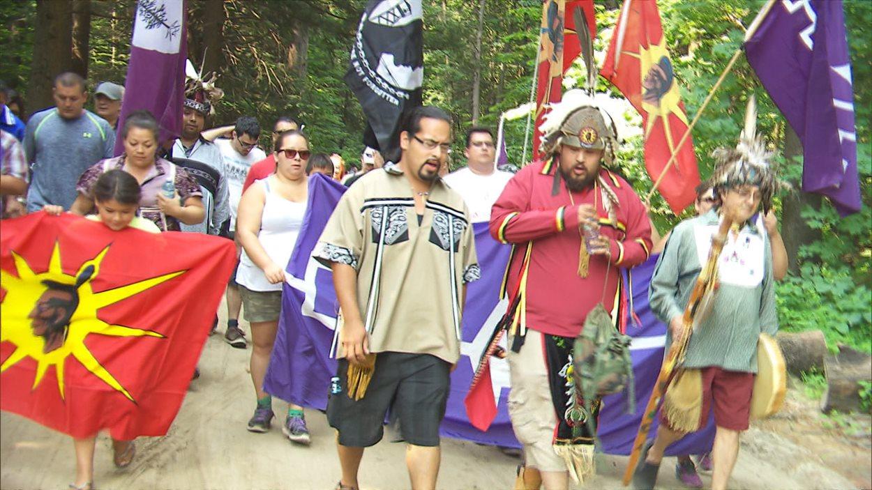 Les communautés de Kanesatake et d'Oka se sont rassemblées pour commémorer les 25 ans de la crise d'Oka.