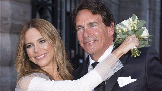 Les nouveaux mariés Julie Snyder et Pierre Karl Péladeau, à Québec, le 15 août