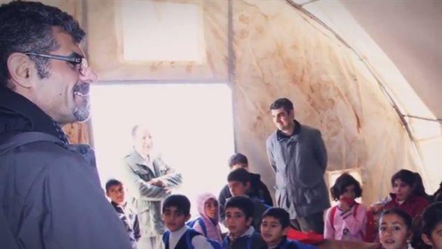 Saren Azer, irakien, voyageait pour des missions humanitaires en Irak, dit son ex-femme, qui craint qu'il n'y ait emmené ses enfants