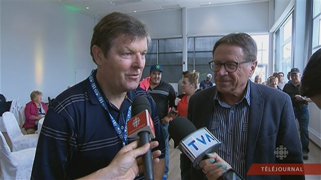 L'ex-joueur des Nordiques Maryan Stastny était sur place