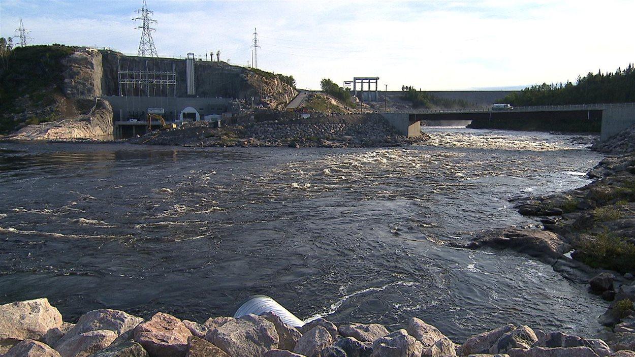 Le barrage et la centrale Romaine 1
