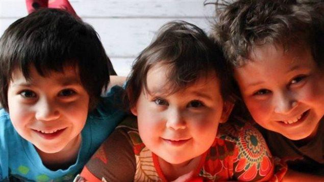 Les trois enfants victimes de l'accident à Vaughan : Harry, Milly et Daniel
