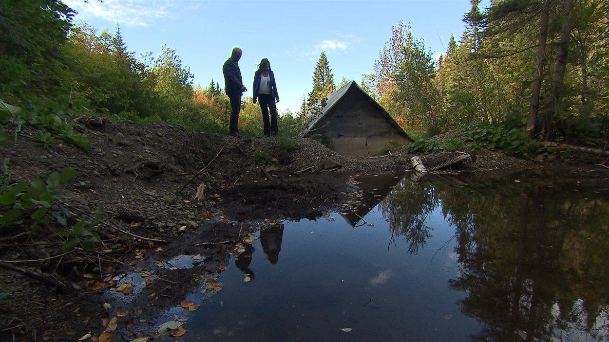 La source d'eau qui alimente le village de La Martre.