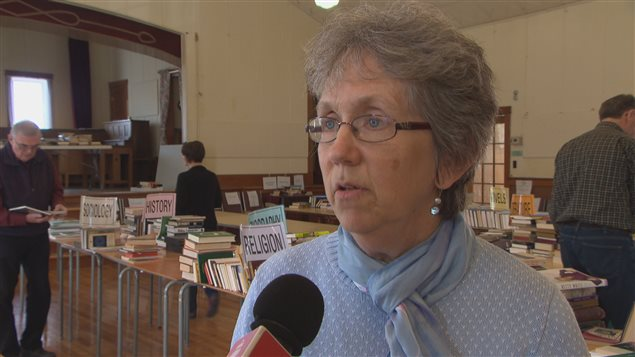Heather Thomson, responsable du comité d'accueil des étudiants réfugiés de l'Université Bishop's