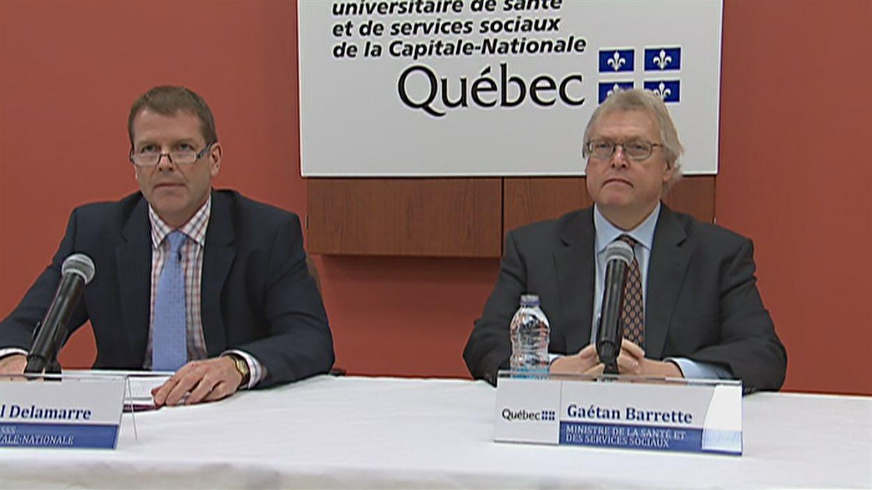 Michel Delamarre du CIUSSS et le ministre de la Santé, Gaétan Barette.