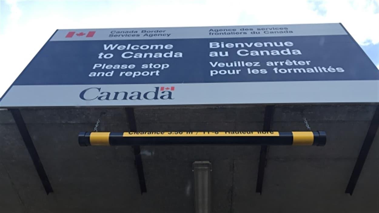CBC a appris que les agents des services frontaliers auront désormais accès à une base de données plus complète.