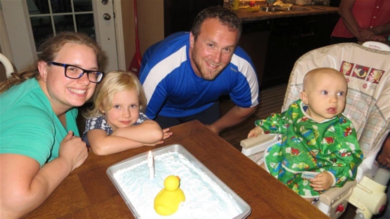 Les membres d'une jeune famille de Saskatoon perdent la vie, après un accident sur autoroute 11.
