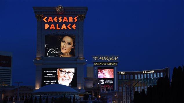 Le Caesars Palace de Las Vegas a rendu hommage à René Angélil.