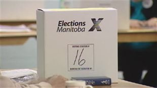 Une boîte de scrutin d'Élections Manitoba