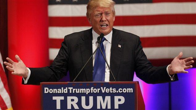 Donald Trump, lors de son événement pour les anciens combattants, en marge du débat républicain en Iowa, le 28 janvier 2016