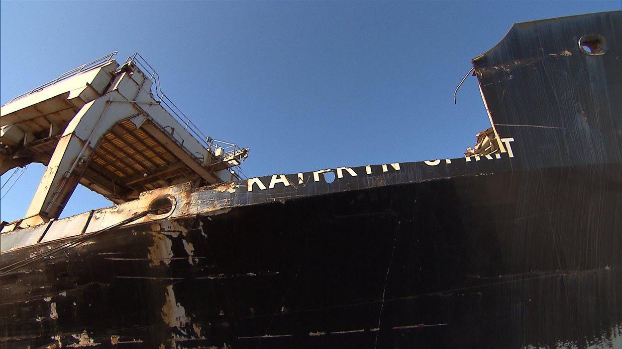 Le « Kathryn Spirit » est immobilisé sur le lac Saint-Louis depuis maintenant quatre ans.
