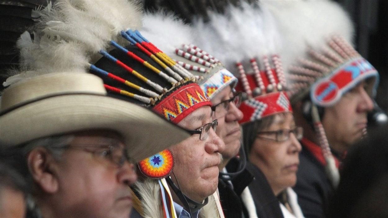 Des chefs autochtones réunis à Ottawa en 2012