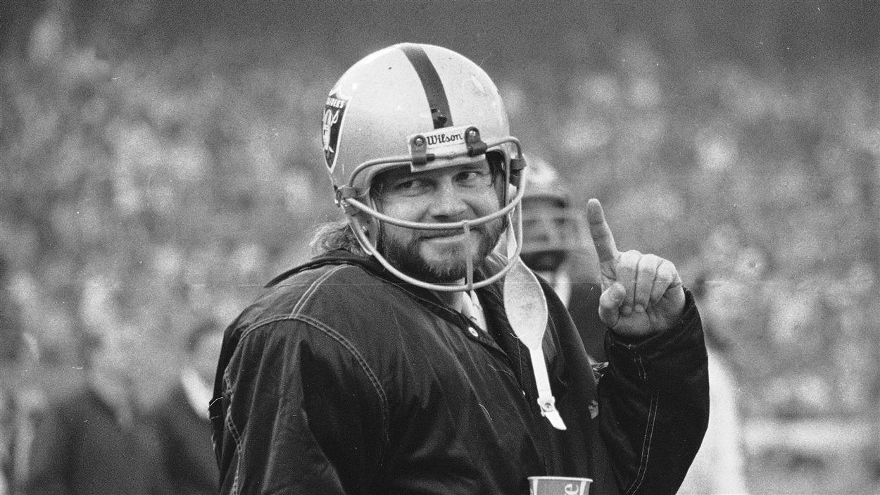 L'ancien quart-arrière des Raiders d'Oakland souffrait d'ETC.