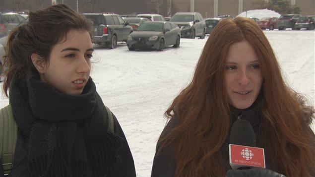 Anne-Marie Ouellet et Kelly Ouellet confirment que la violence sexuelle existe à l'Université de Sherbrooke