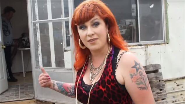sarah dunsworth tits