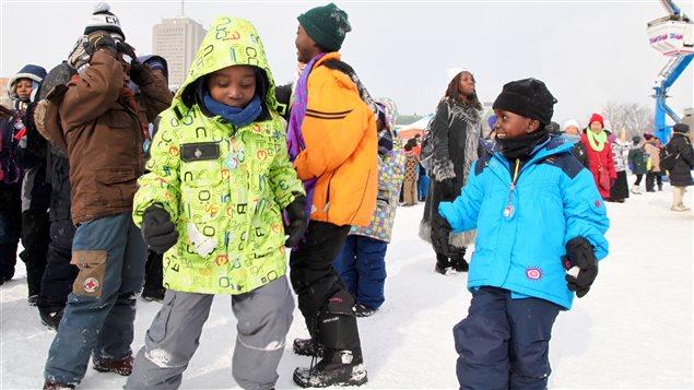 Des jeunes immigrants découvrent le Carnaval de Québec
