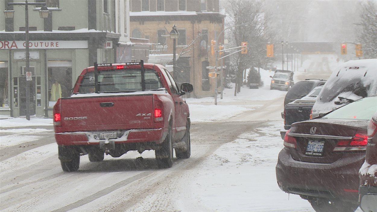 Les rues enneigées de Stratford verront-elles bientôt des voitures sans conducteur?