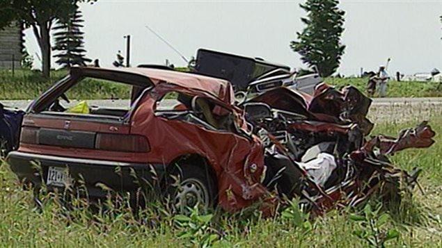 La scène de l'accident qui a coûté la vie à Stan Thomson, 18 ans, en 1999. La collision est survenue près de Perth en Ontario.