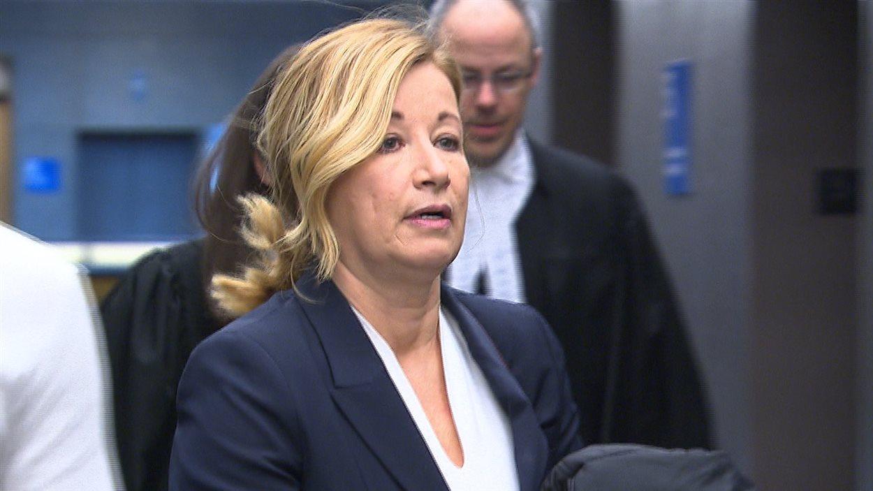 Carole Morinville au palais de justice de Montréal.