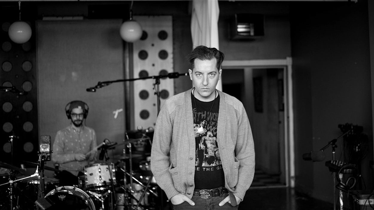 Louis-Philippe Gingras et Mathieu Vézio (en arrière-plan) au studio Breakglass