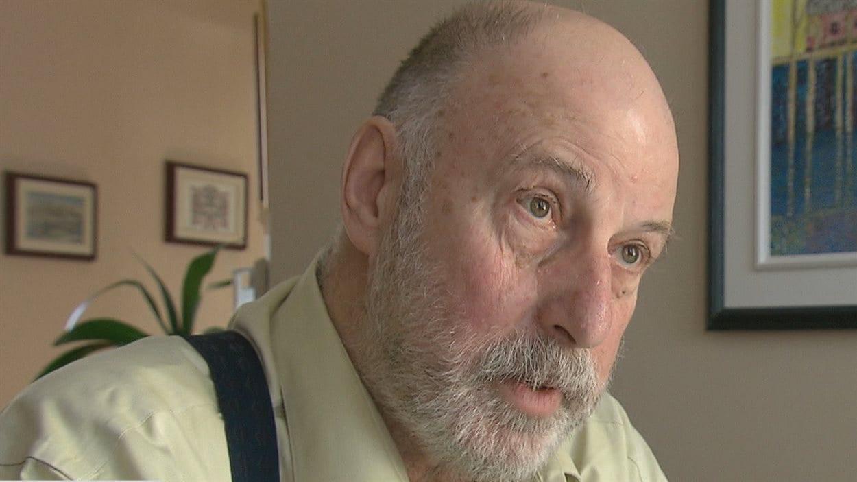 Le secrétaire d'Égalité santé en français, Jacques Verge