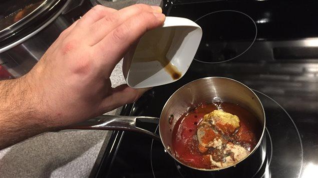 Ingrédients sauce BBQ chaudron