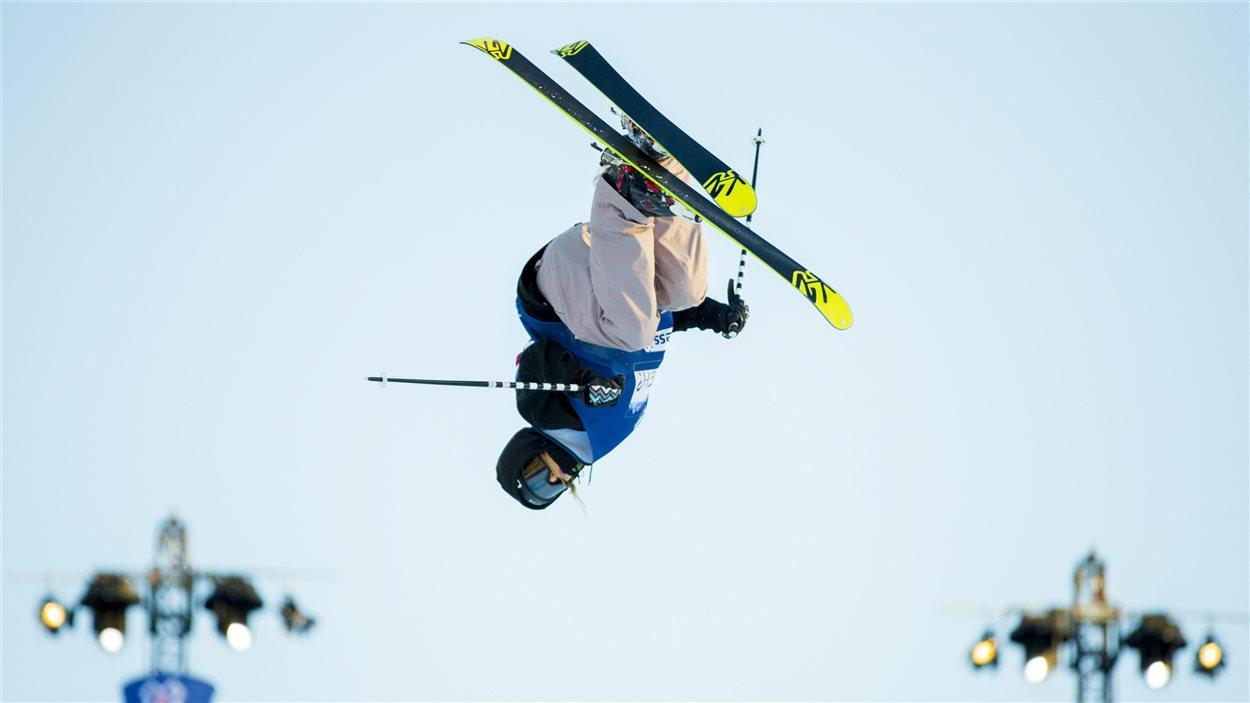 Cassie Sharpe a remporté l'épreuve de superpipe des X Games d'Oslo, en Norvège
