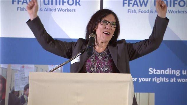 Heather Starkes a fait un discours passionné sur l'importance de ne pas exclure les côtiers de la pêche à la crevette.