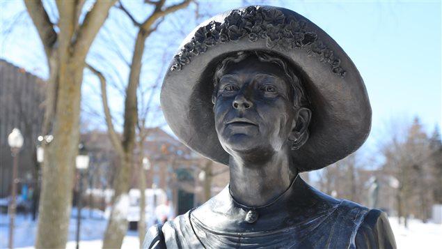 Le Monument en hommage aux femmes en politique (Idola St-Jean) à Québec