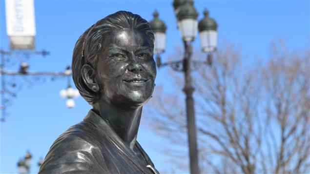 Le Monument en hommage aux femmes en politique (Claire Kirkland-Casgrain) à Québec