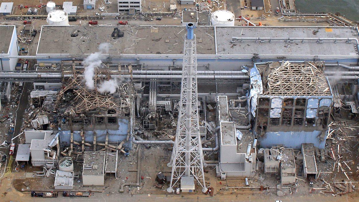 Une vue aérienne de la centrale nucléaire Daiichi à Fukushima, le 20 mars 2011, deux semaines après le tsunami.