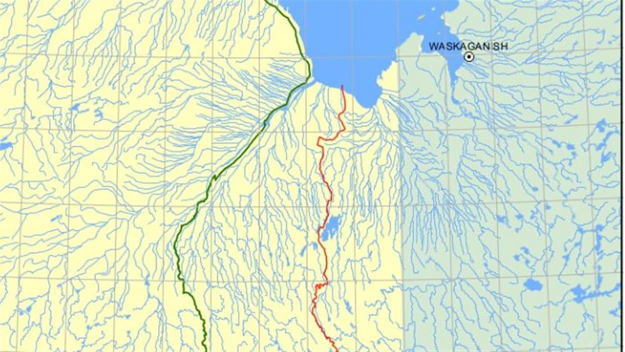Le territoire revendiqué par la Nation Crie en Ontario délimité par la ligne rouge