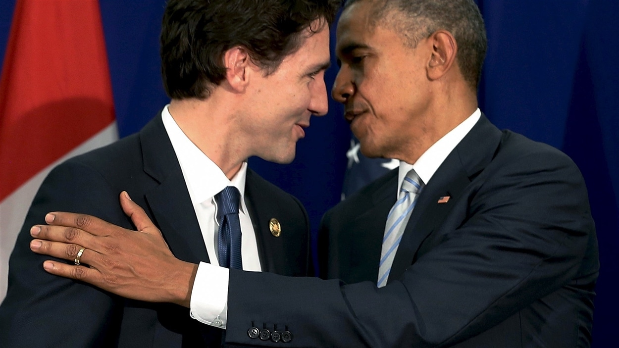 Justin Trudeau et Barack Obama à Manille le 19 novembre dernier. Crédit photo : Jonathan Ernst/Reuters